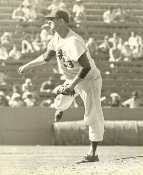 Don Drysdale Shuts Out Giants 001.jpg